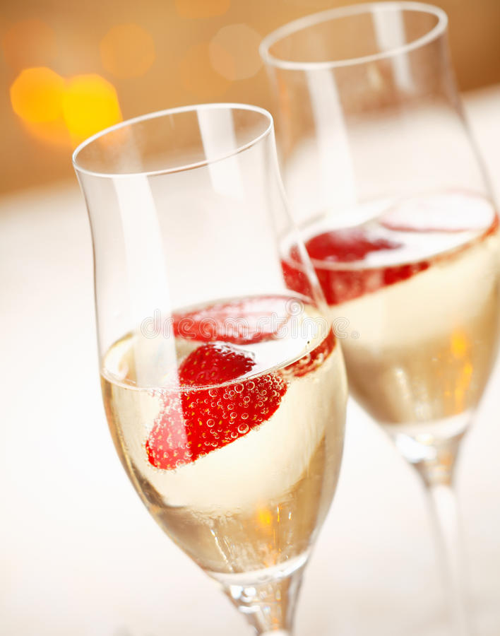 Strawberry and champagne royalty free stock photos