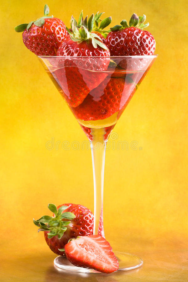 Download Strawberry cocktail stock image. Image of green, glass - 23611633