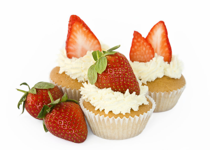 Fairy Cakes With Fresh Cream And Strawberries