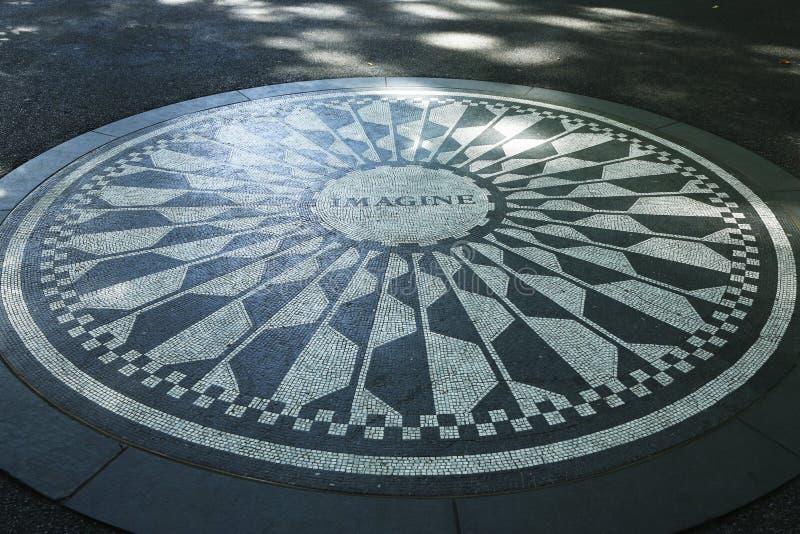 Strawberry Fields στο Central Park, πόλη της Νέας Υόρκης στοκ φωτογραφία με δικαίωμα ελεύθερης χρήσης