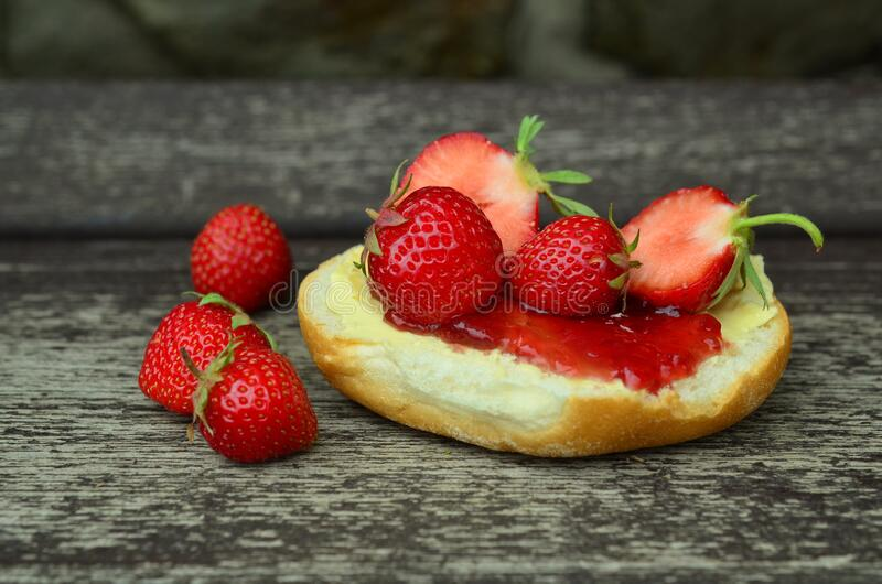 Strawberry Jam And Bread Free Public Domain Cc0 Image
