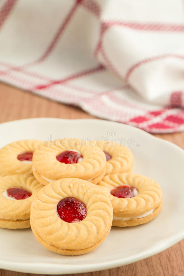 Download Strawberry Jam Sandwich Biscuits On Plate Stock Image - Image: 35811871