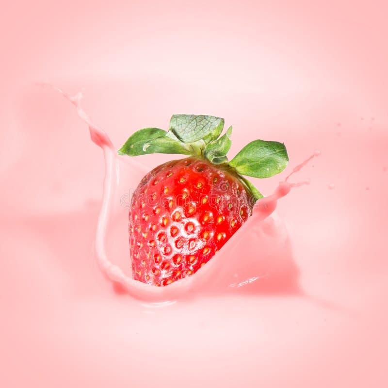 Free Strawberry Milk Or Yogurt Splash. Royalty Free Stock Photos - 38442598