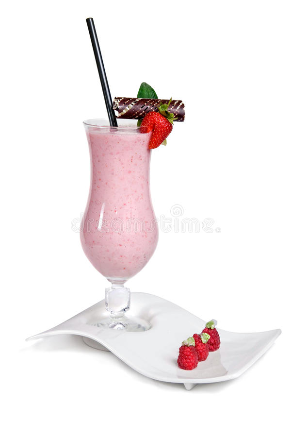 Free Strawberry Milkshake Royalty Free Stock Images - 13773069