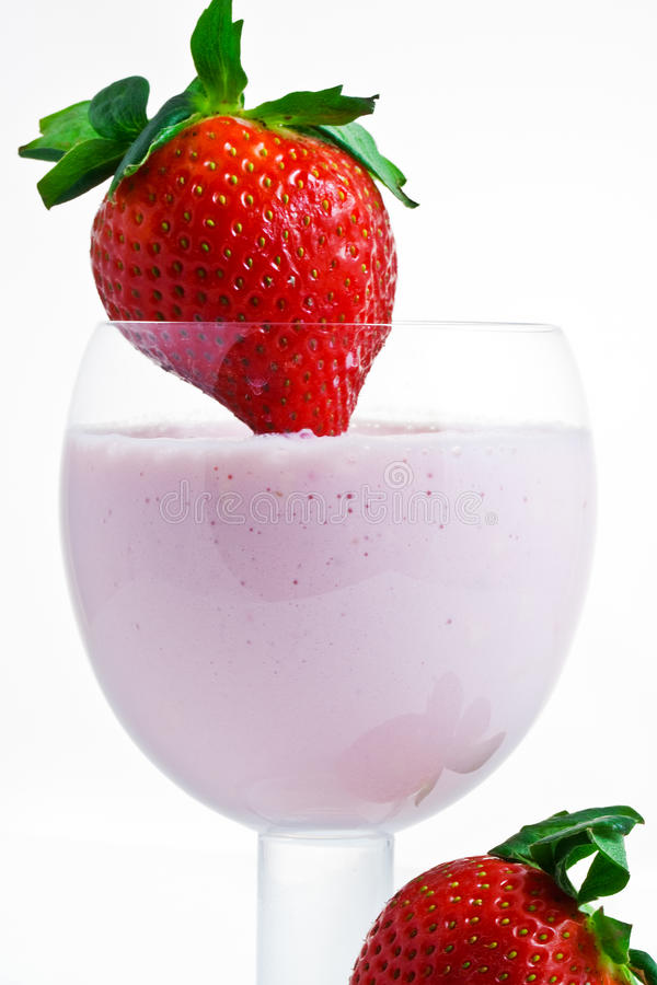 Free Strawberry Smoothie Royalty Free Stock Photography - 14264267