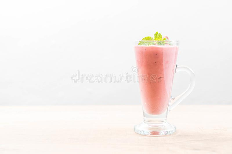 strawberry smoothies milkshake royalty free stock image