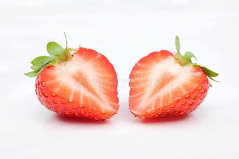 Strawbery fresco su fondo bianco immagine stock