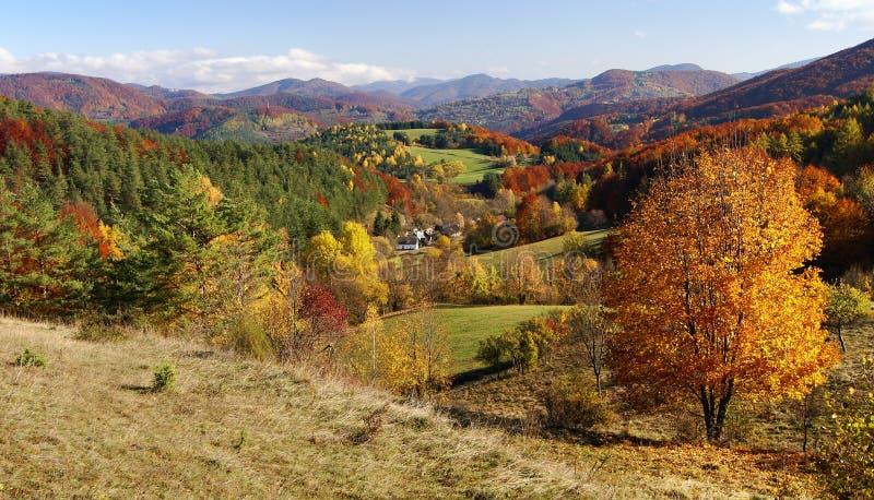 strazov登上秋季看法在vrchy的strazovske的 图库摄影