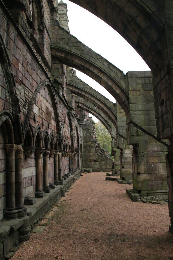 Strebewerk an Holyrood-Abtei stockbild