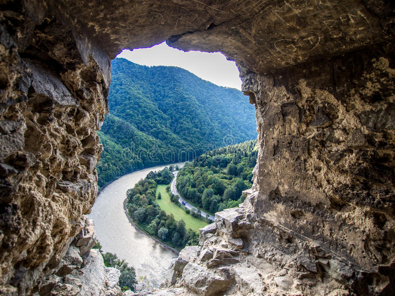 从Strecno老城堡的Vah河在北斯洛伐克 库存图片