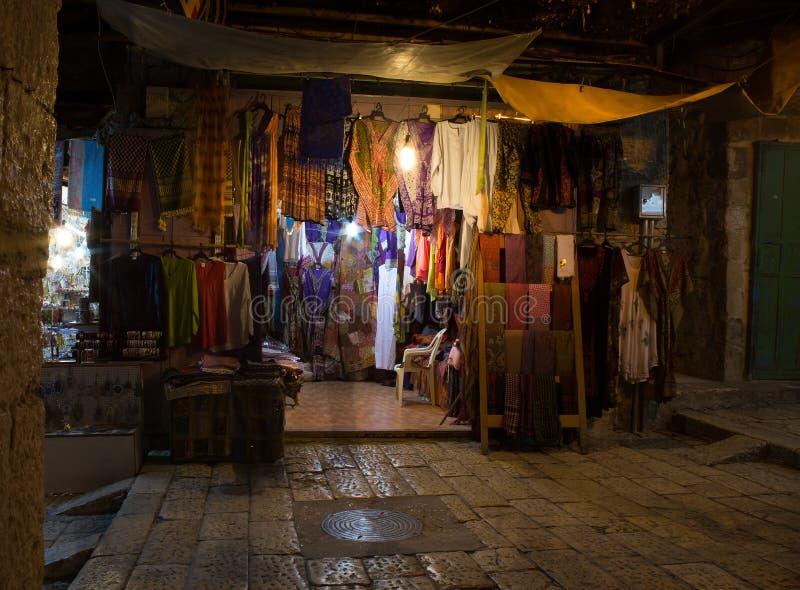 Streeo av den gamla staden Jerusalem på natten royaltyfri bild