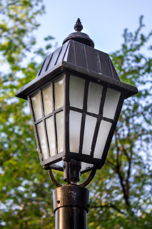 Free Street Lamp Royalty Free Stock Photography - 24535197