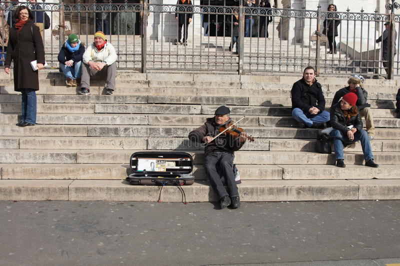 Street Musician In Paris Editorial Photography