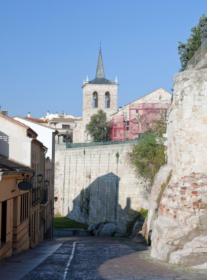 Download Street Of Old Houses In Zamora Stock Image - Image: 24539293