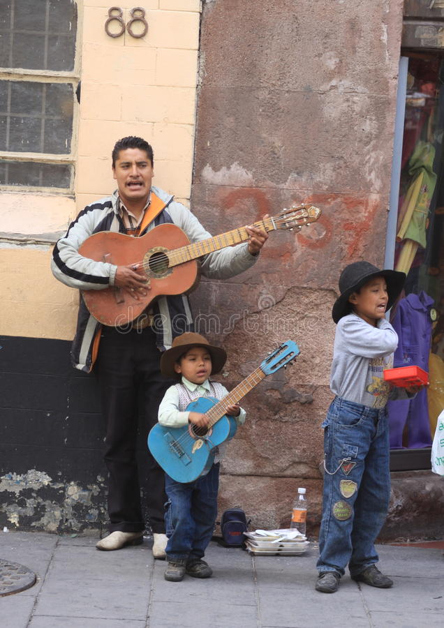 Free Street Singers Royalty Free Stock Photography - 26533517