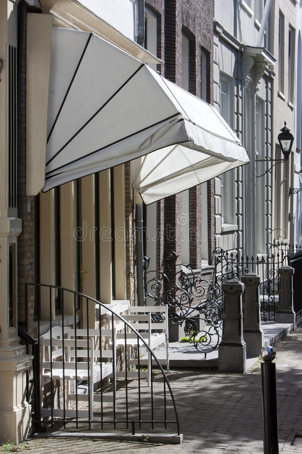 Free Street With Historical Buildings And An Awning Royalty Free Stock Images - 78247769