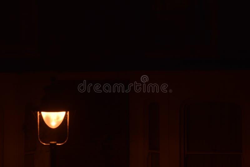 Streetlamp τη νύχτα στοκ φωτογραφίες