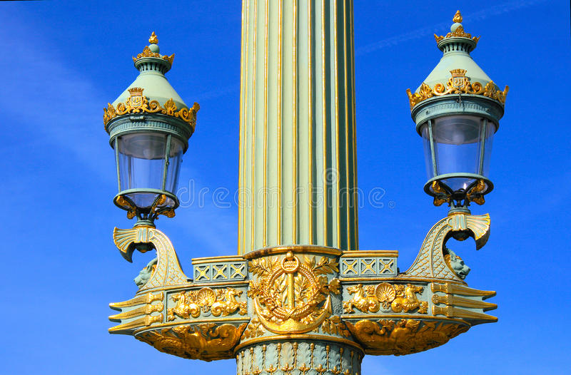Download Streetlamp At Place De La Concorde In Paris Stock Photo - Image: 37857350