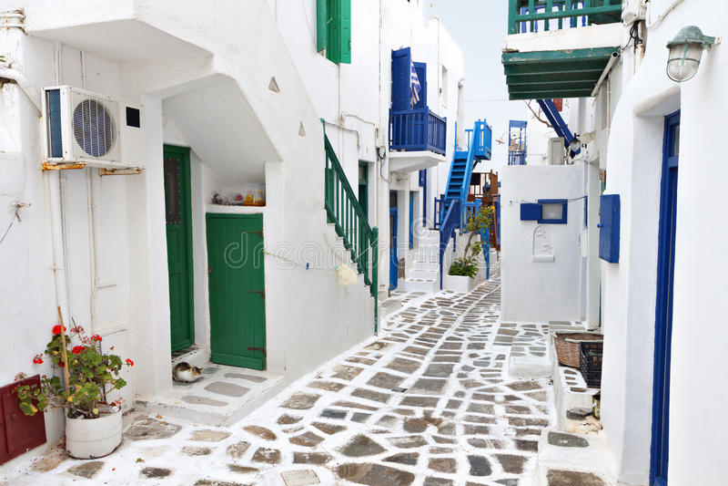 Download Streets Of Mykonos Island, Greece Stock Image - Image: 31277457
