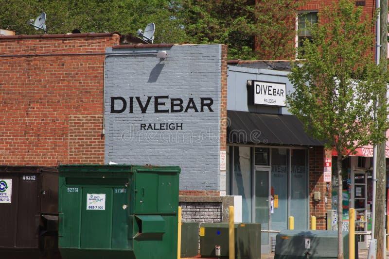 Streetscape Dive Bar de Raleigh foto de stock