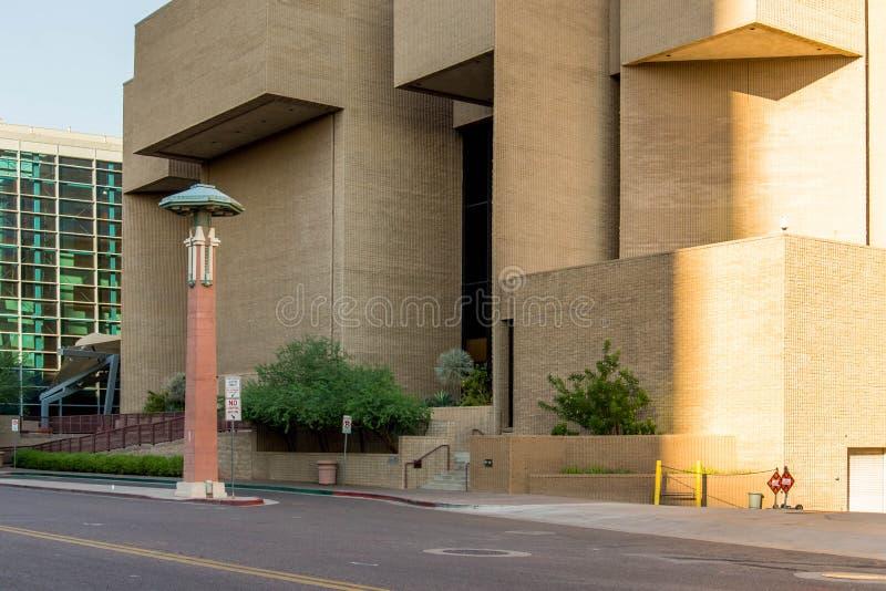 Streetscapes e construções urbanos em Phoenix do centro, AZ fotos de stock royalty free