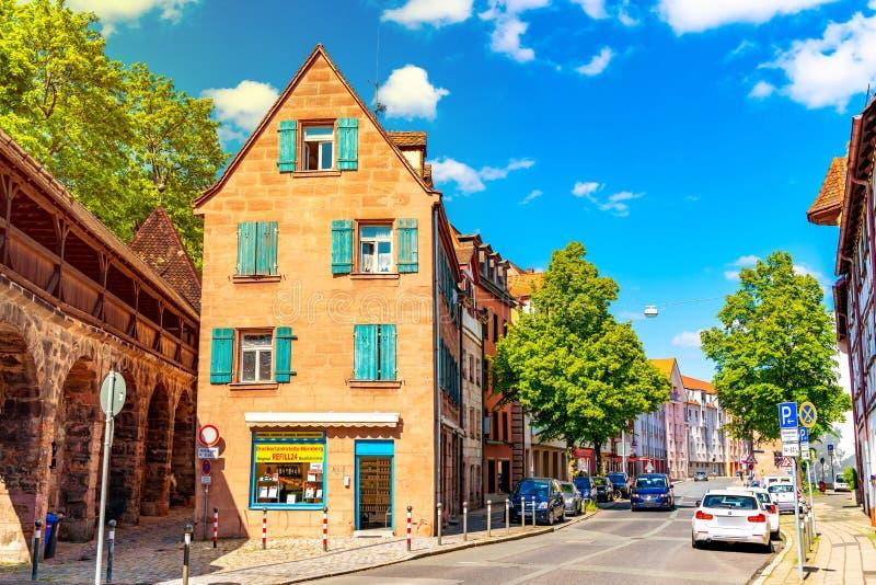 Streetscene der mittelalterlichen Stadt von Nürnberg in Deutschland stockfotos