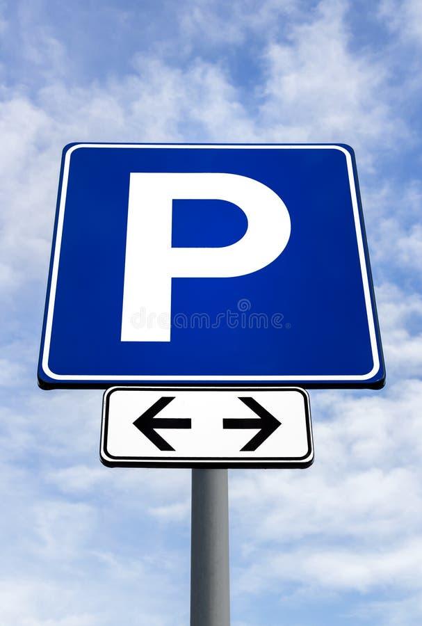 Streetsign pour un parking photos libres de droits