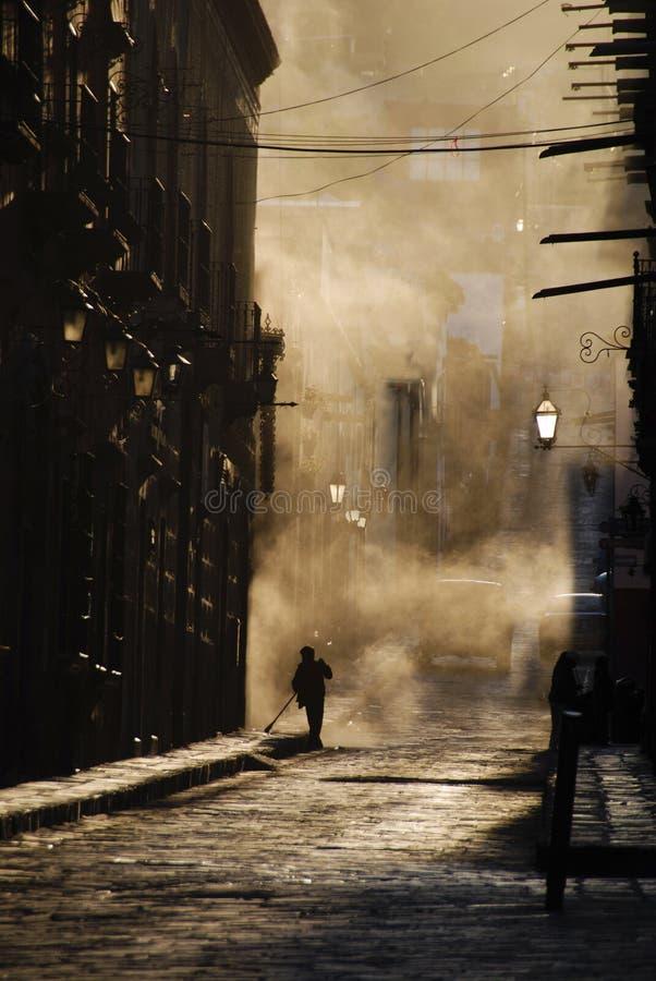 Streetsweepers, stof, San Miguel DE Allende royalty-vrije stock foto's