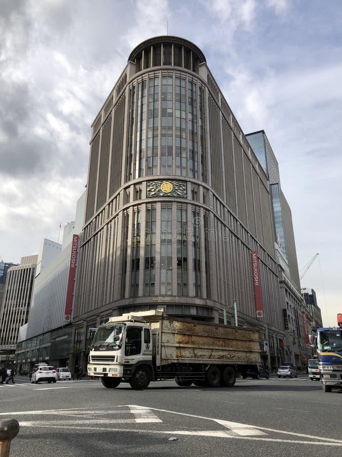Streetview που έχει το εμπορικό κτήριο στο Τόκιο, Ιαπωνία στοκ εικόνα με δικαίωμα ελεύθερης χρήσης