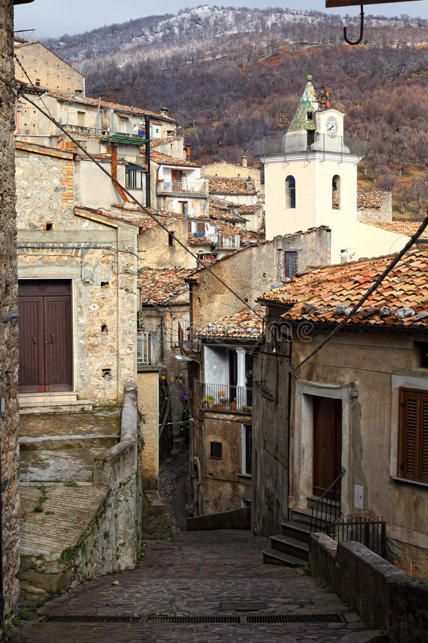 Streetview de San Donato di ninea imagens de stock