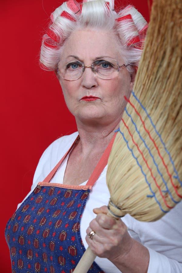 Strenge bejaarde dame royalty-vrije stock afbeeldingen