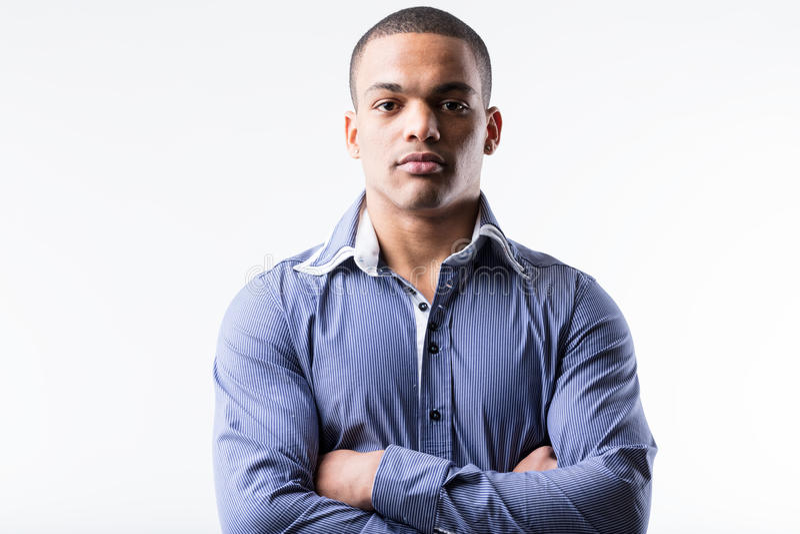 Strenge zakenman in blauw overhemdsportret stock foto's