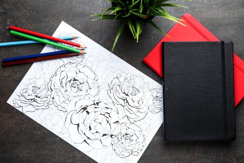 Stres kolorystyki ołówki na stole i obrazek obrazy royalty free