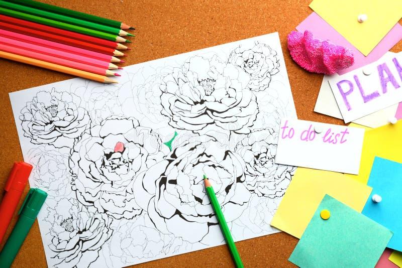 Stres kolorystyki ołówki na stole i obrazek zdjęcia stock