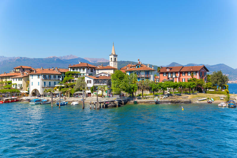 Stresa, Verbania, Италия - 21-ое апреля 2017: Взгляд острова Fisherm стоковые фото