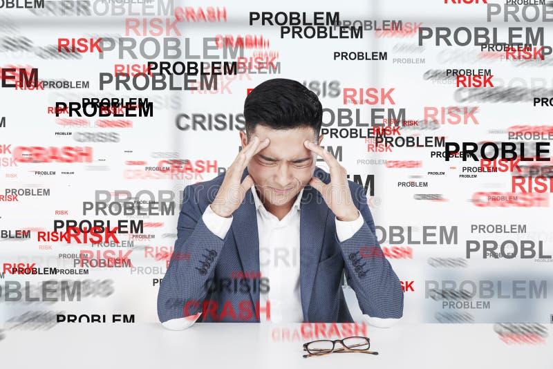 Stressad asiatisk man, problem royaltyfri fotografi