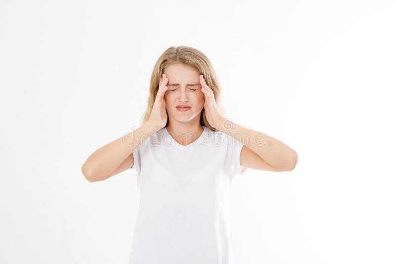 Stressad utmattad caucasian kvinna som har stark spänning Headach arkivfoton