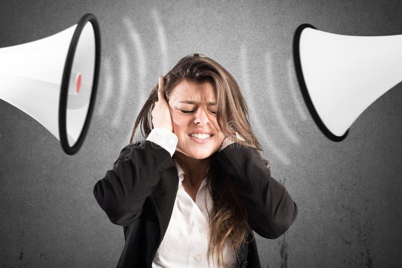 Stresu pojęcie z krzyczącymi kolegami obraz stock