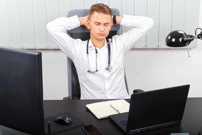 Stresująca opieki zdrowotnej praca zdjęcie stock