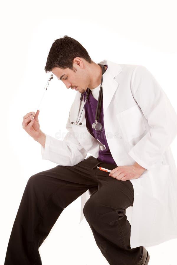 stresująca się doktorska samiec obraz stock