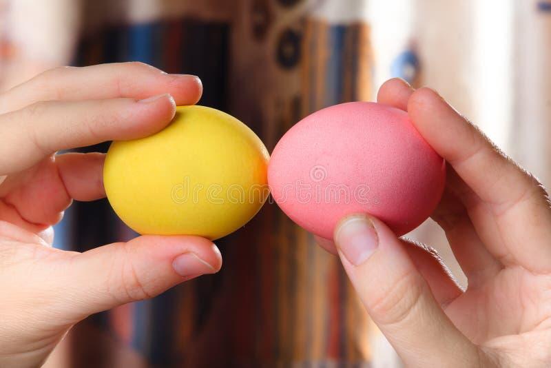 Striden av ägg arkivfoto