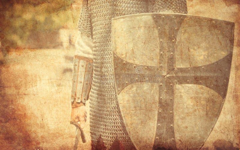 Strijder met zwaard en schild stock foto's