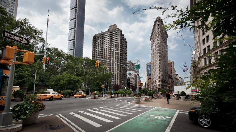Strijkijzer dat de Stad van Manhattan bouwt New York stock afbeeldingen