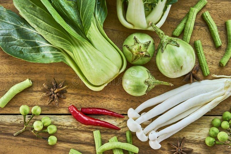 Strikt vegetarian för nya grönsaker fotografering för bildbyråer