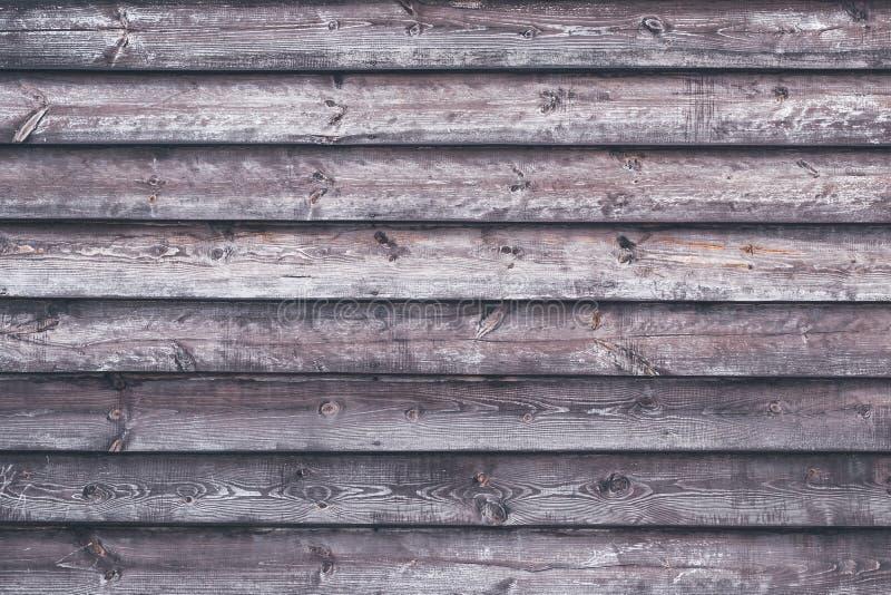 Striped поверхность древесины Загородка Grunge деревянная Затрапезные планки Таблица дуба с горизонтальными нашивками Темная текс стоковое фото rf