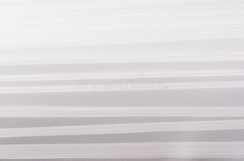 Striped шагнул мягко белая и серая абстрактная бумажная текстура с перспективой полутонового изображения стоковые фотографии rf