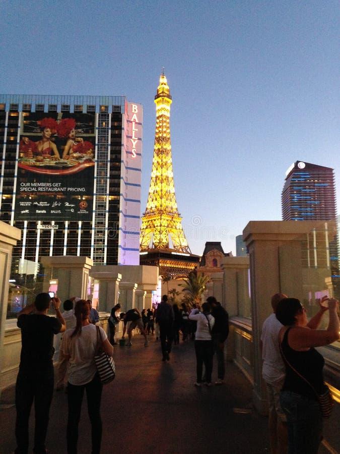 Striscia di Las Vegas che caratterizza Parigi immagine stock