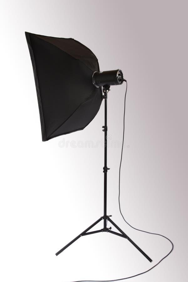 Stroboscopio dello studio con softbox immagine stock libera da diritti