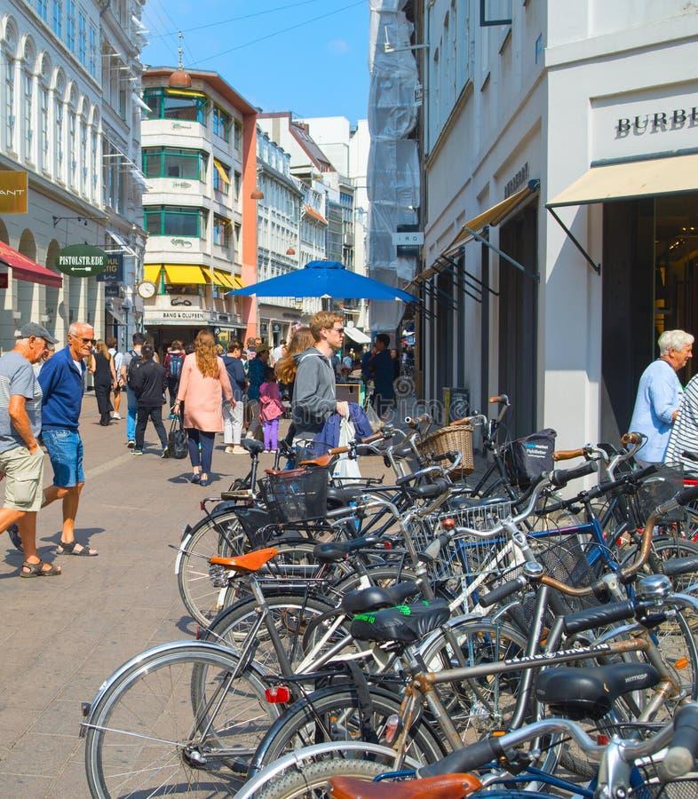 Stroget торговой улицы Копенгагена городское стоковая фотография
