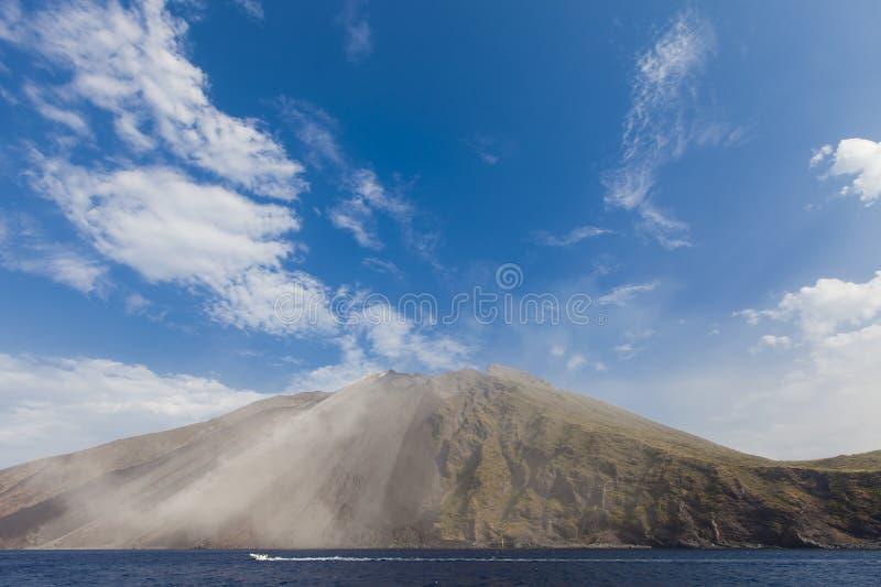 Stromboli-Vulkan lizenzfreie stockfotos